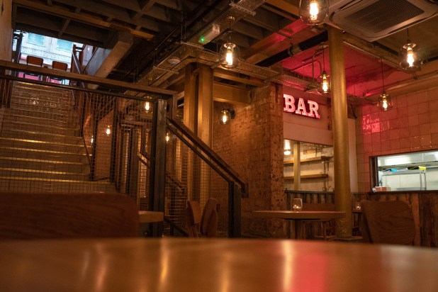 www.lifeandsoullifestyle.com – Ballroom basement bar review