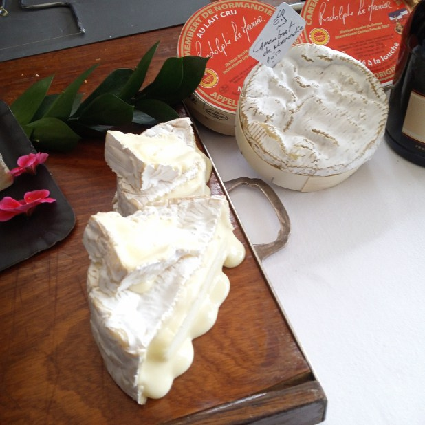 www.lifeandsoullifestyle.com – St-Rémy and Cheese pairing