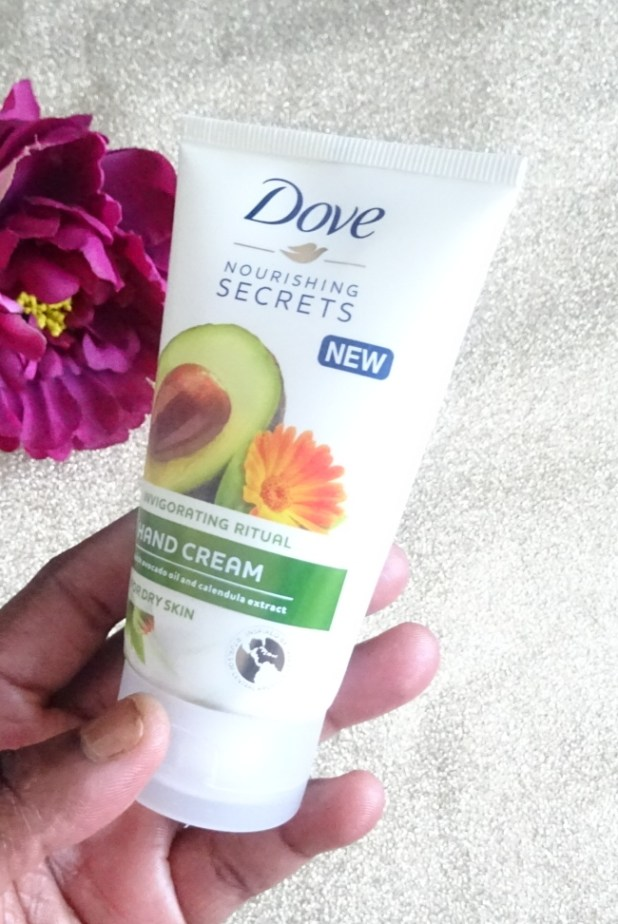www.lifeandsoullifestyle.com – hand creams to stop dry and itchy hands