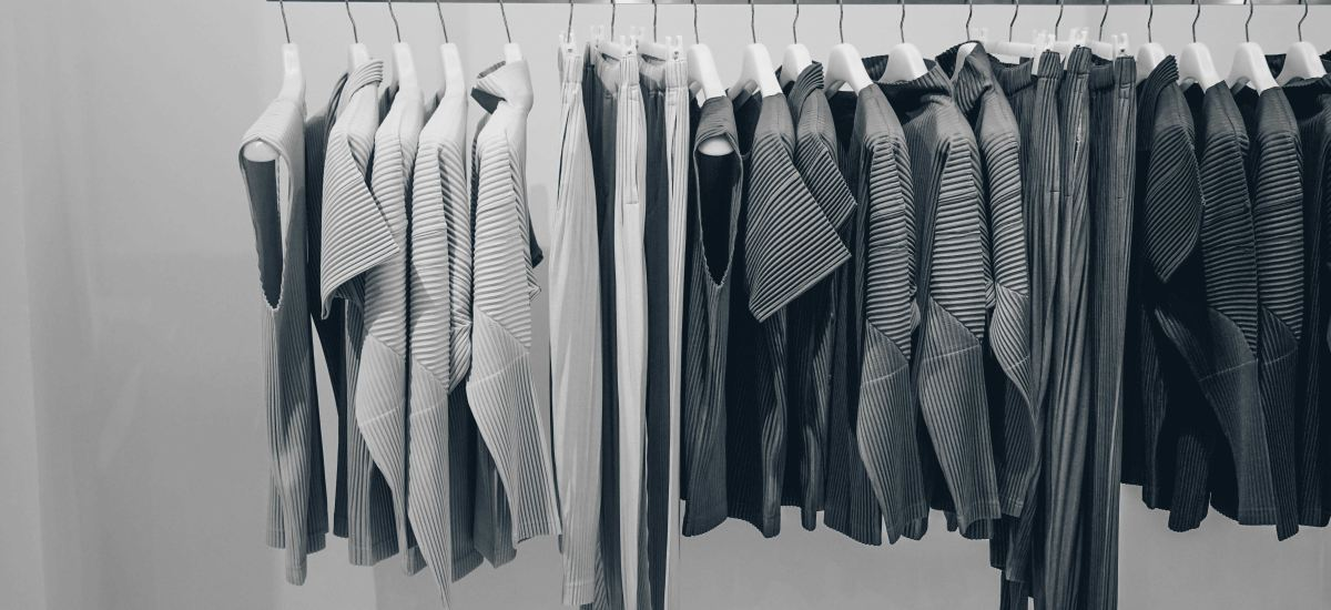 Tips & Tricks to Declutter Your Wardrobe This Fall