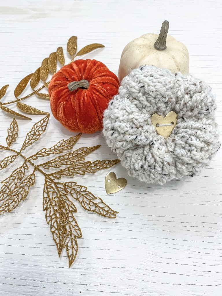 Crochet Pumpkins using the Alpine Stitch