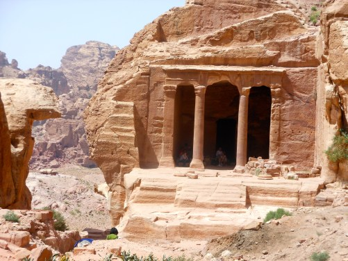 The tomb of the unknown soldier, Petra