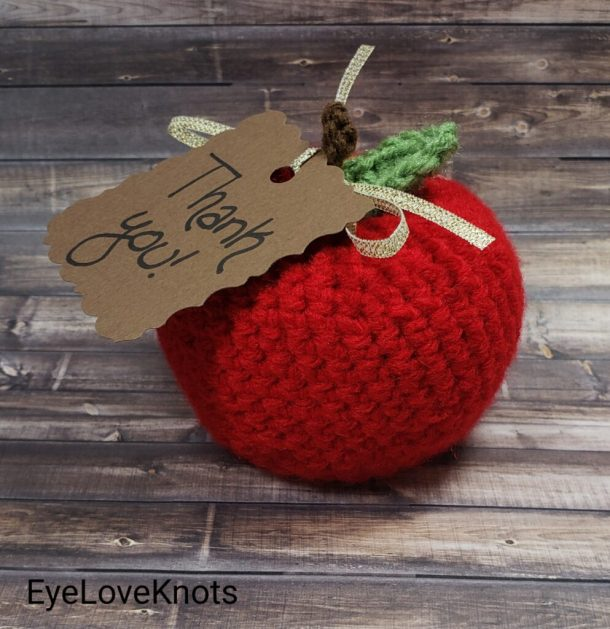crocheted apple craft