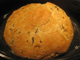 hmmmm... oven spring is not the best, but its crunchy outside and soft inside - so all is well :)