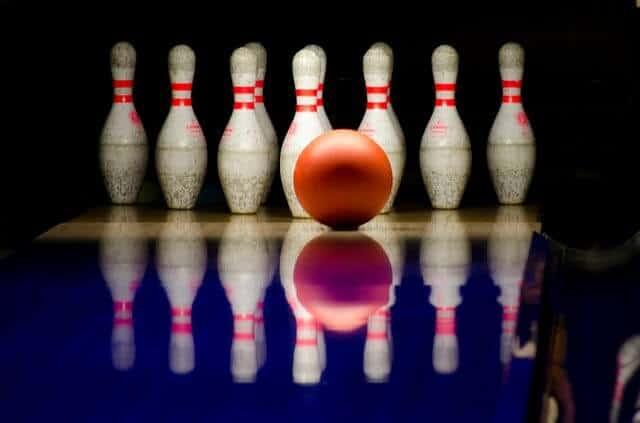 bowling-596766_640