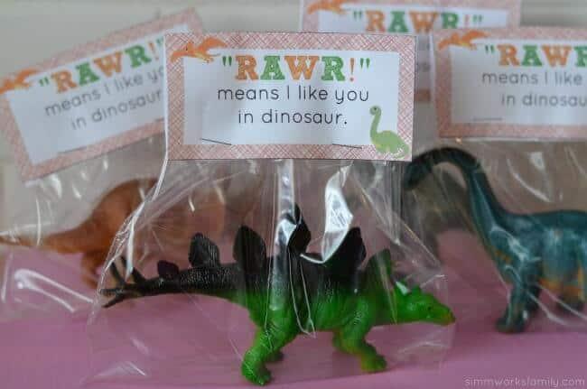 dinosaur-valentine-printable-finished-valentine