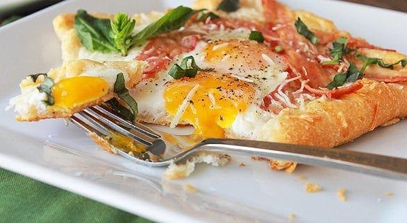 bacon-eggs-crescent-squares-LAM