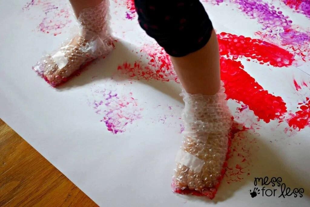 bubble-wrap-painting-LAM