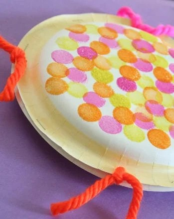 paper-plate-tambourines-slide
