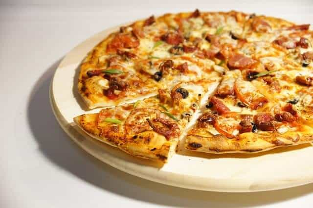 pizza-634967_640