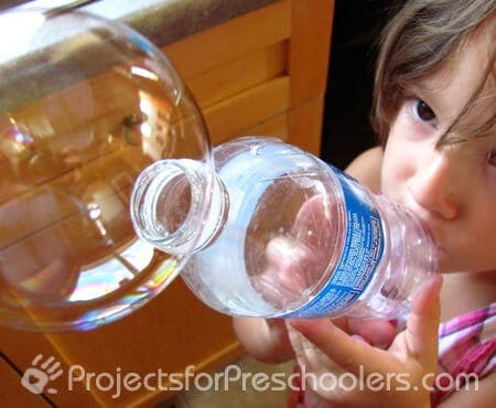 water-bottle-bubble-blowing-2