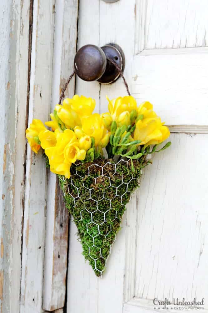 DIY-Floral-Wall-Sconce-Crafts-Unleashed-666x1000