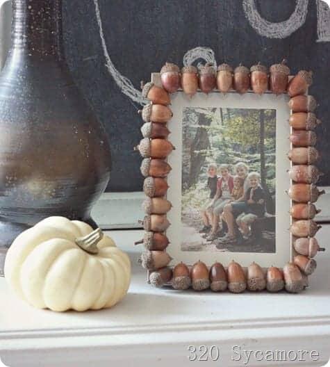 acorn frame white pumpkin_thumb[3]