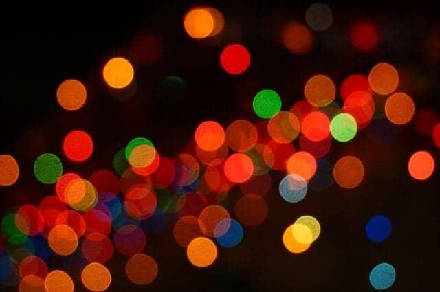 lights-776457_640