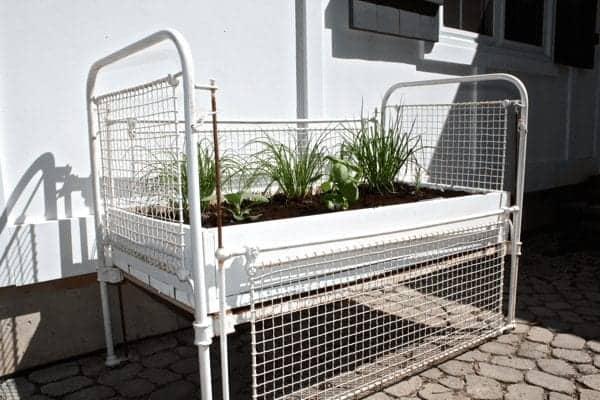 crib-turned-herb-garden-cynthiaweber.com_