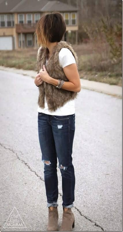 graphic-tee-and-fur-vest2_thumb[2]