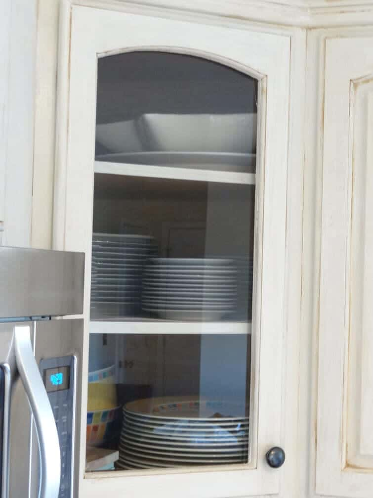 final-glass-cabinet