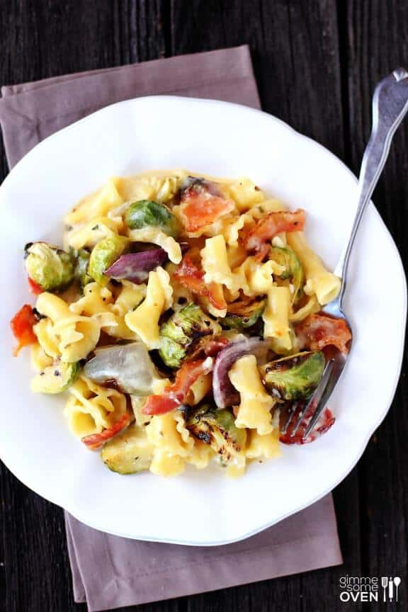 brussels-sprouts-and-bacon-pasta-4-576x864