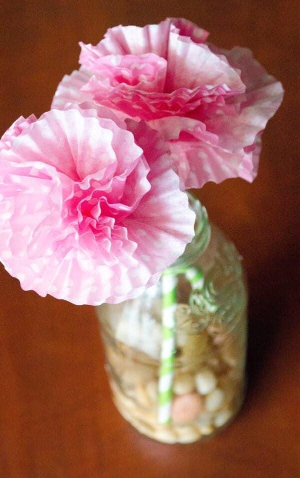 cupcake-flowers-in-vase