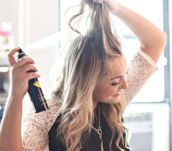 11.-Misuse-of-dry-shampoo-20-Beauty-Mistakes-You-Didnt-Know-You-Were-Making