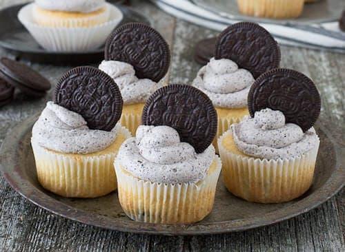 Easy-Oreo-Cupcakes-4C