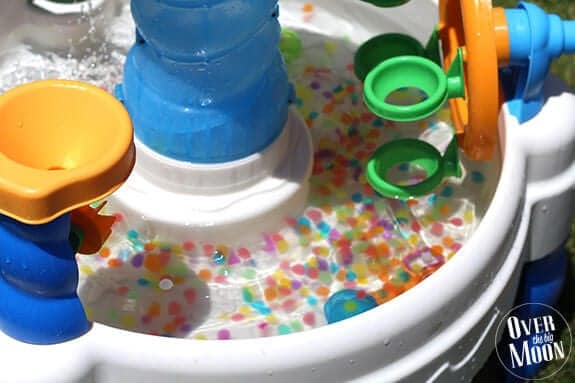 water-beads-water-table