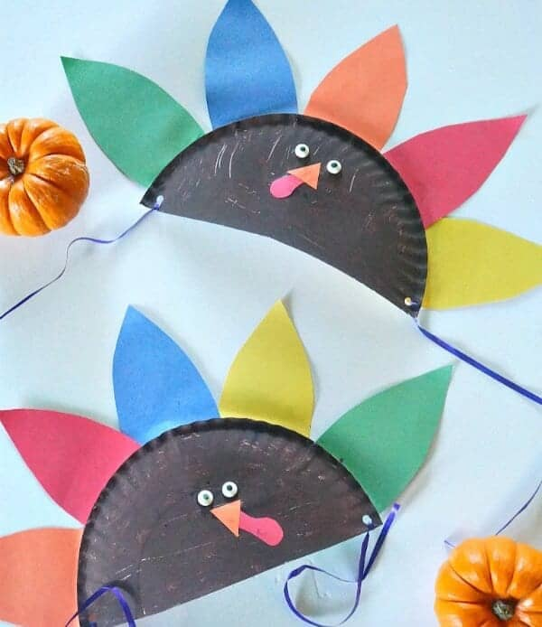 thanksgiving-crafts-for-kids-how-to-make-turkey-paper-plate-hats