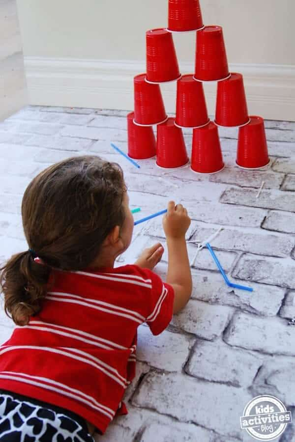 simple-activity-occupy-the-kids-for-hours-with-straws-q-tips-and-cups