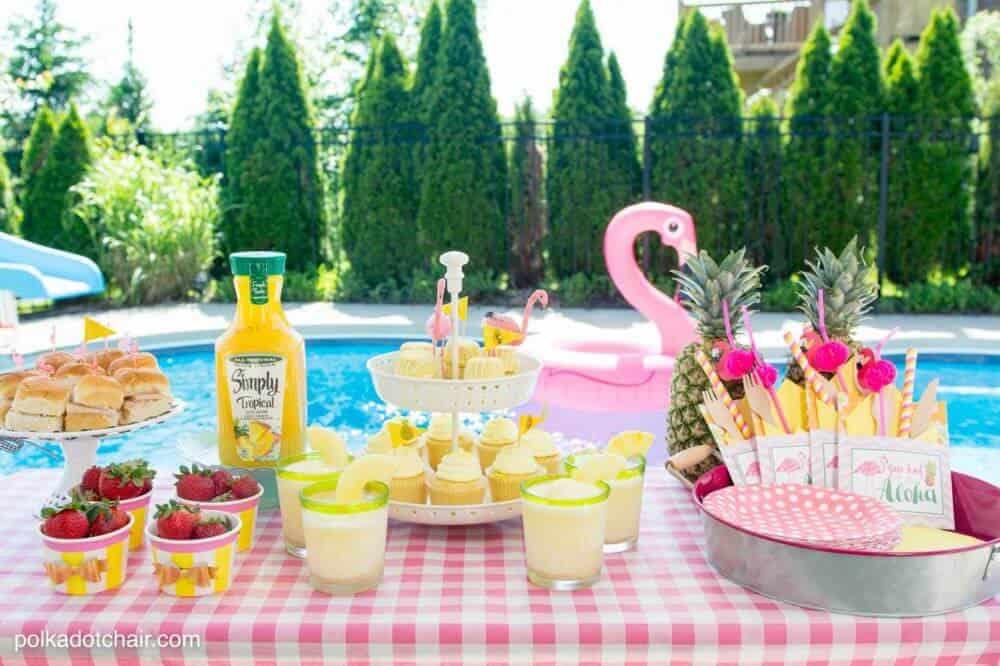 flamingo-themed parties