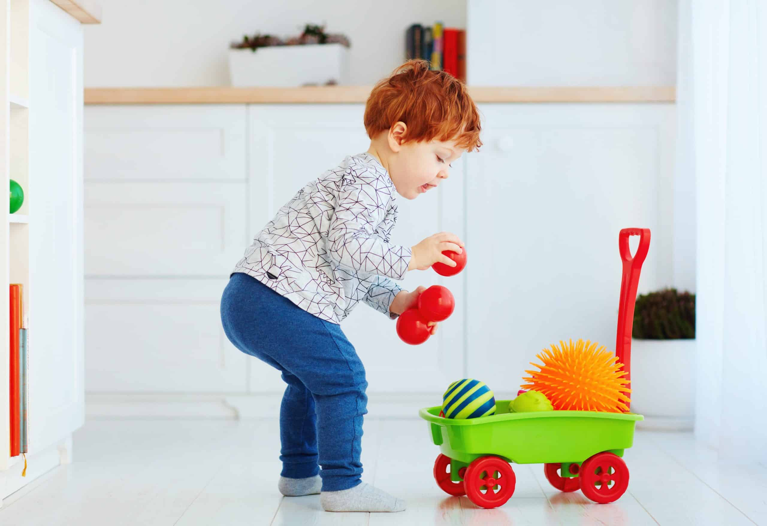 collecting colors, how to keep toddlers busy