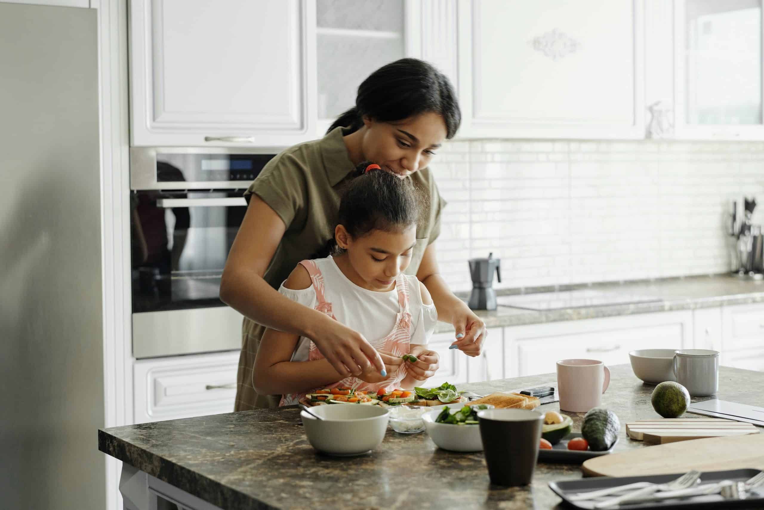 mother-and-daughter-preparing-avocado-toast-4259707, healthy eating