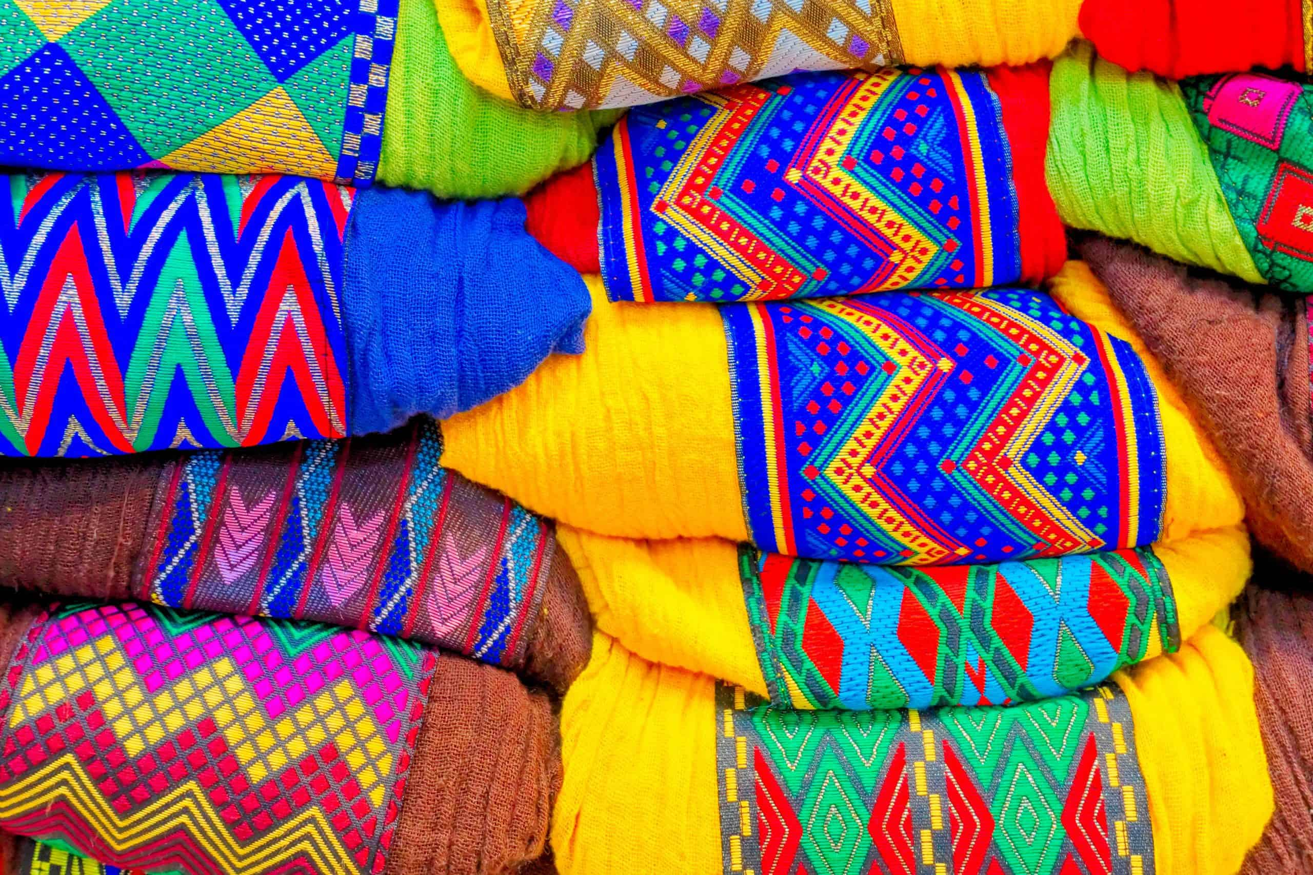Canva - Assorted-color Textile Lot