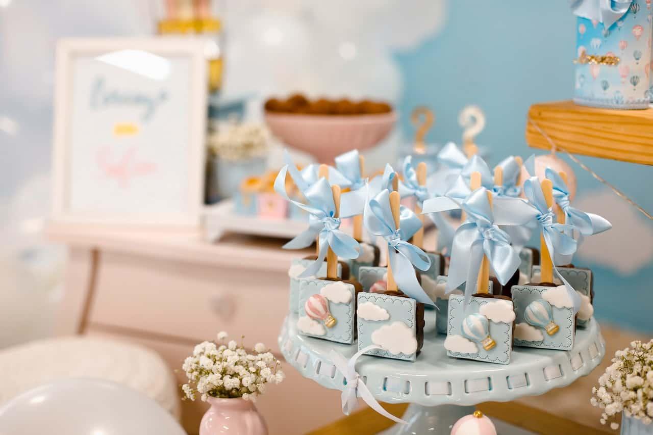blue figurines, baby shower