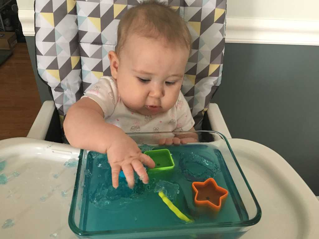 b6b5009ff294 5 Fun Activities To Do With Your 6 Month Old - Life as Mama Bear