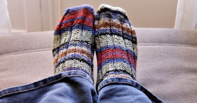 Simple Skyp Socks Pattern Review Life Beyond The Kitchen