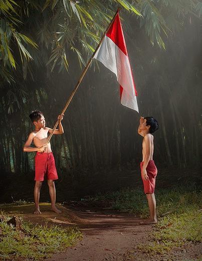Mengapa Bendera Indonesia Berwarna Merah Putih