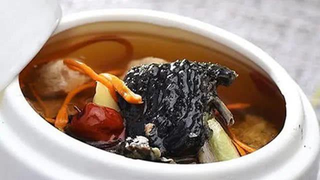 四物米酒烏雞湯