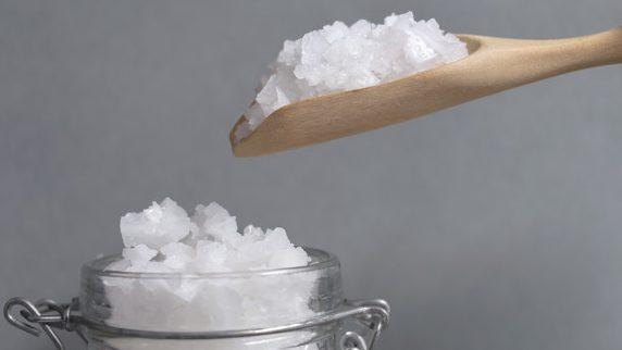 低鹽飲食要做到這8點!每天攝入量不得超過6克