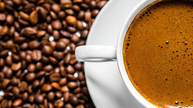 什麼是低因咖啡?生產低因咖啡的4種常見處理方式
