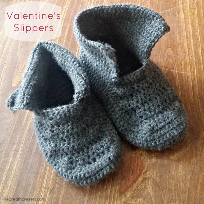 valentines, valentine day, slippers, crochet, non-slip, grey, craft, creative