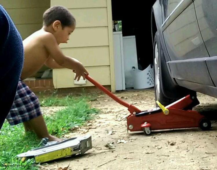 car repair, repair, jack, toddler, learning
