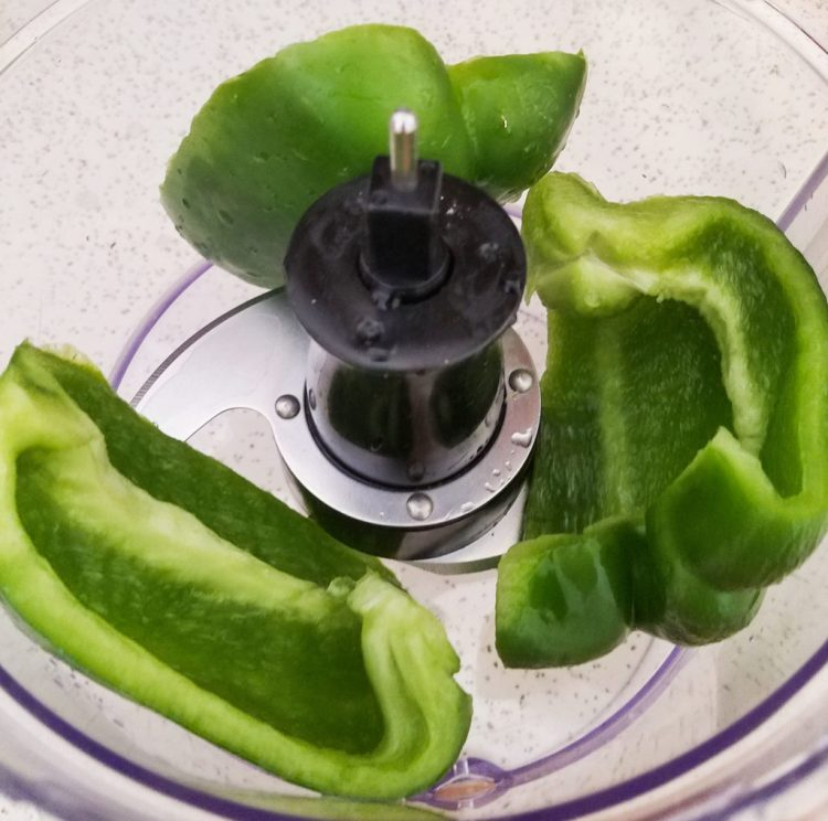 recaito, recipe, green peppers, cooking, homemade, spanish, processor
