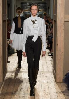 Women's Collection Fall Winter HAUTE COUTURE 2016-17