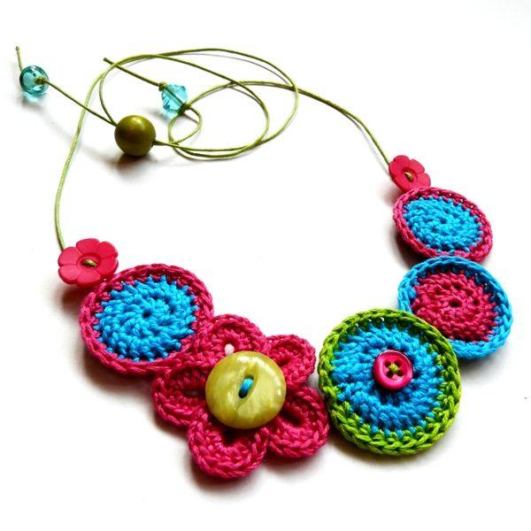 crochet-necklace