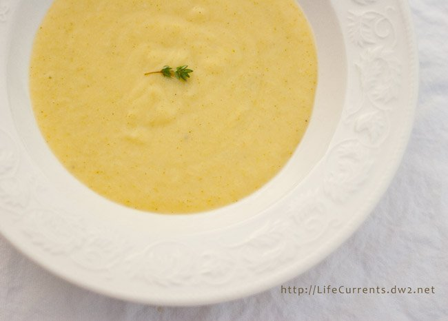 Unprocessed October Day 29 - Potato, Leek, and Broccoli Soup