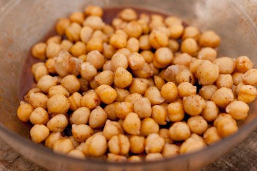 Roasted Honey Glazed chickpeas garbanzo beans snack