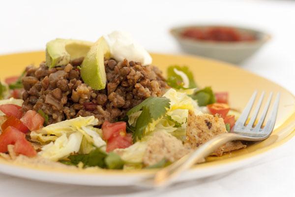 Slow Cooker Vegetarian Lentil Taco Salad   Life Currents https://lifecurrentsblog.com #vegetarian #slowcooker #crockpot