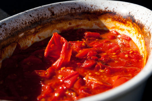 cooked tomatoes on the grill: homemade crock pot slow cooker marinara super tasty and mega-healthy, this Homemade Crock Pot Marinara Sauce is made in the crock pot, so it's also really easy #marinara #crockPot #slowCooker #tomato #sauce Life Currents https://lifecurrentsblog.com