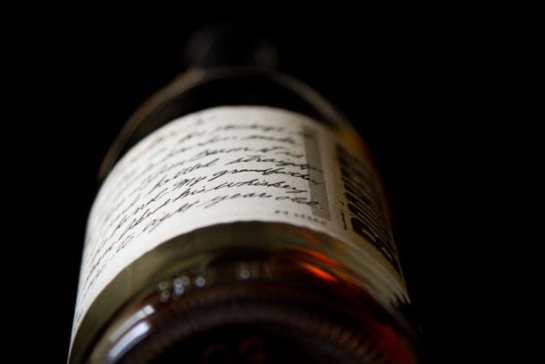 bookers bourbon A recipe for Chai Tea concentrate as well as a recipe for a Dirty Chai Bourbon Cocktail Life Currents  https://lifecurrentsblog.com  #chaiTea #cocktail #drink