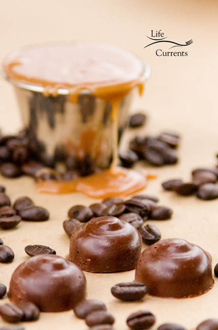 Salted Caramel Coffee Truffles - easy to make & perfect for a special treat for cookie exchanges